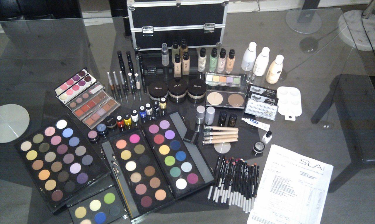vend malette maquillage pro malette maquillage pro serge louis al. Black Bedroom Furniture Sets. Home Design Ideas