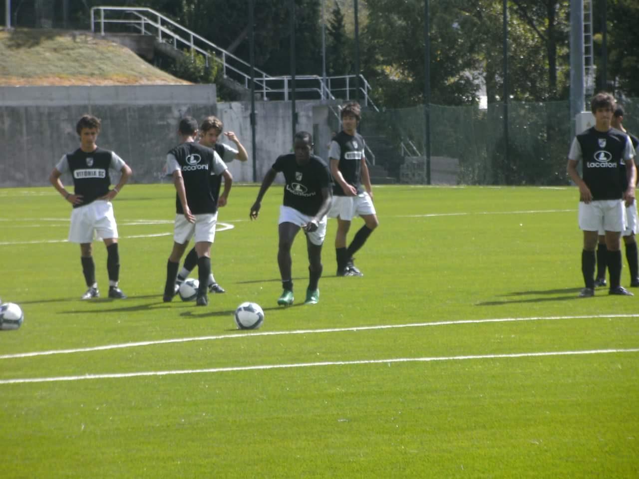 agent football recherche joueurs pour testes dans diff
